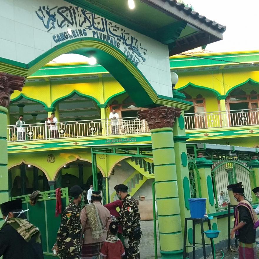 Protokol Kesehatan Sholat Idul Fitri 1441 H di Masa Pandemi Covid-19 di Desa Cangkring