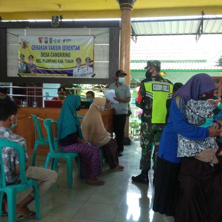 Vaksin Serentak untuk Warga Desa Cangkring Kec. Plumpang Kab. Tuban yang Ke-3 ditahun 2021